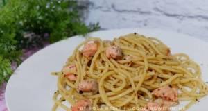 Spaghetti Aglio e Olio Salmon