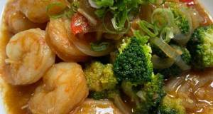 Black Pepper Prawns With Broccoli