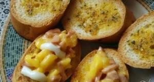 Beef Bruschetta & Garlic Bread