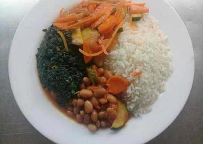 Fried beans, spinach, mixed veges n steamed Rice. #Vegan contest