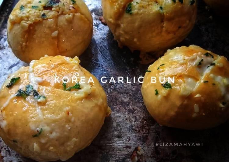 Korean garlic bun