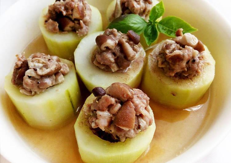 梁小蝶 發表的 大黃瓜鑲肉〞簡易電鍋宴客菜 食譜 - Cookpad