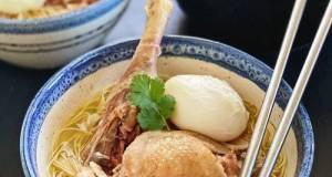 Misua Tim Ayam (Misua Noodles With Chicken Steam Soup)