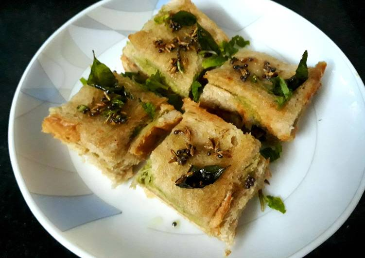 Sandwich bread dhokla