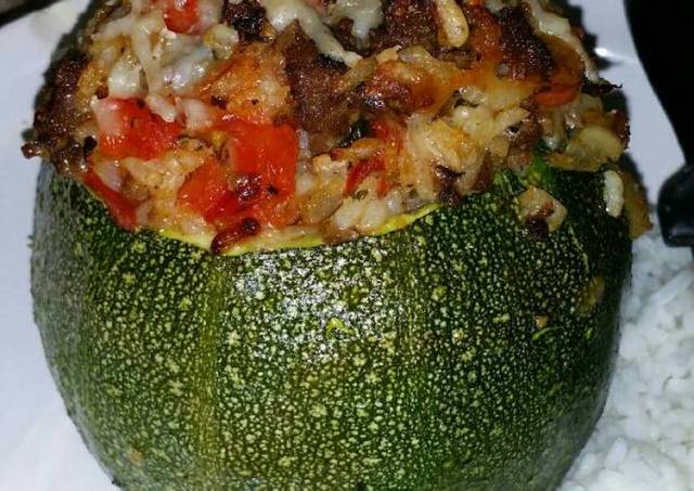 Round, Stuffed Zucchini with Brown Rice, Ground Beef, Red Pepper