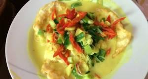 Pelemak boh manok telur kuah santan Aceh