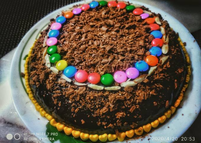 Chocolate cake topped with chocolate crumbs
