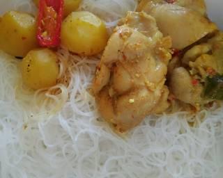 Chicken Kari Noodle