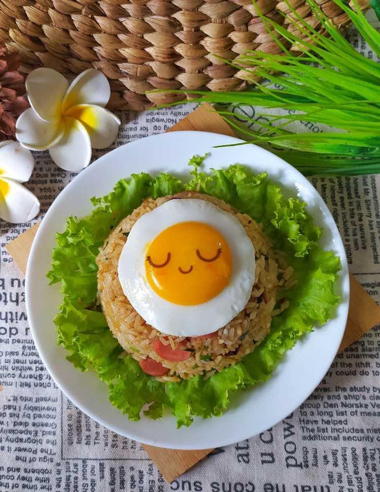 Cara Membuat Telur Mata Sapi : membuat, telur, Resep, Telur, Ceplok, Bumbu, Rujak, Tomat, Chiensyn, Kuliner, Cookpad