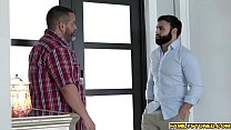 Bokep Vienna Black and step uncle move inside the house for more hard twat railing