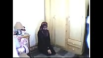 Hijabi abaya girl shows while worship cocks