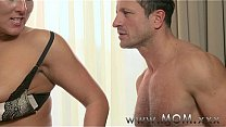 Bokep MOM Horny Brunette MILF gets creamed