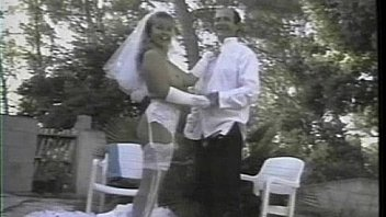 Bokep French girl gets fucked while wearing a white wedding dress