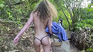 Bokep Sex i MET A BLACK STRANGER WITH A HUGE BBC AT THE BEACH  !