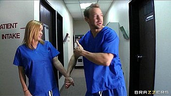 Bokep Slutty blonde nurse sneaks off at work to bang a hospital intern