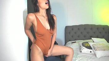 The cutest girl on cam someone please post name?