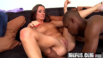 Bokep Milfs - Milfs Like It Black