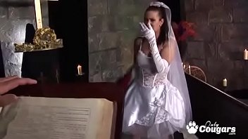 Bokep Naughty Bride Tanya Gives Up The Pussy To The Priest