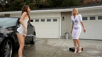 Bokep Rebel Lynn and Alexis Fawx - Mommy's Girl