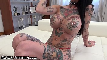 Big Tit Tattooed Ho Gets 2 Dicks in Ass at Once with Rocco Siffredi!