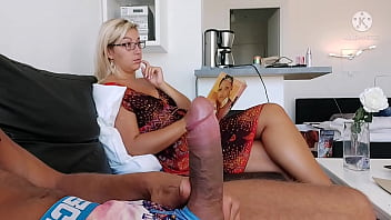 I take the risk of showing her my cock stepmom