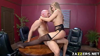 Video Bokep Nicole Aniston goes on top like a cherry gets screwed