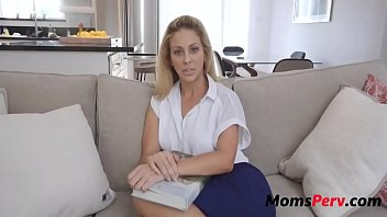 Bokep Mom wants sons jizz to make more sons
