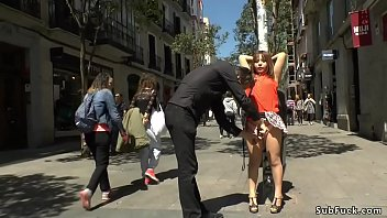 Video Bokep Master Steve Holmes makes petite Asian slave Mitsuki Sweet get naked in public outdoor then in a bar fucks her throat