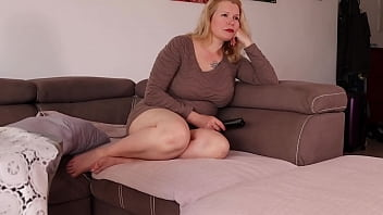 Big Ass Milf is Bored of Watching News. She Wants Get Fucked