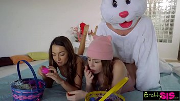 Bokep Easter Egg Hunt Gets Bunny Fucked By Hot BFF And StepSis! S4:E10