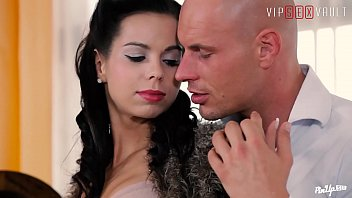 VIP SEX VAULT - Czech Babe Jessica Cox Enchant Boyfriend With New Style