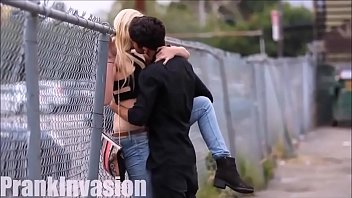 Bokep Kissing and groping gorgeous girls