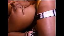 Video brasileiro de sexo grupal com putas safadas