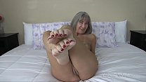 Bokep Naked Milf Teases You With Her Feet (FWJOI10) PREVIEW