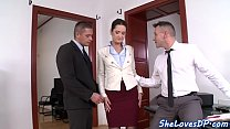 Classy babe threeway banged and facialized