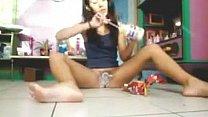 Kinky Cam Slut Puts Food On Her Pussy