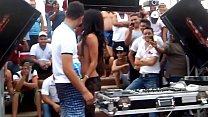 DJ Puta Agarrando Vergas, Recibiendo Arrimones y Desnudandose