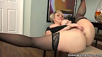 USA milfs Dee Williams and Jamie Foster in hot solo action