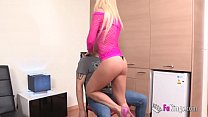 MariaX is the hot stripper that will dance for you (and then bang you)