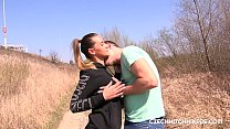 Girl picked up by the road and fucked