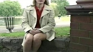 Bokep Nervous blonde milf flashing in the park