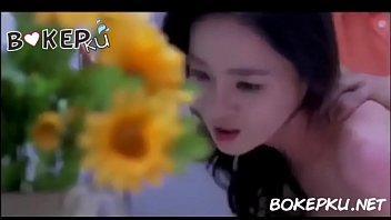 Bokep Bokep pembantu korea cantik dikentot majikan