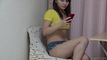 Nonoka Saki's denim shorts are biting into her crotch