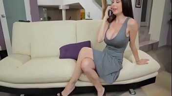 Porno Stepmom Gives Him Handjob to Young Boy and fucks her Doggystyle