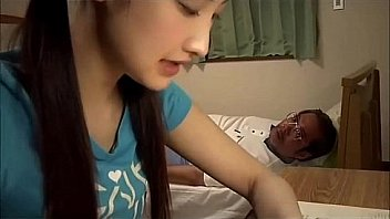 Video Ngentot Japanese school girl blows old teacher
