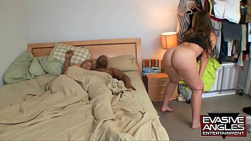 EVASIVE ANGLES Big butt mother Jessica Sexton and daughter Nikki Stone fuck BBC