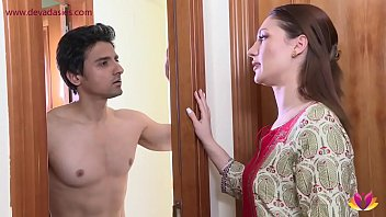 Bokep College going foreign student fucked by landlord's wife