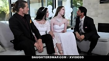 Nonton Bokep DaughterSwap - Horny Chicks Have Orgy With Daddies