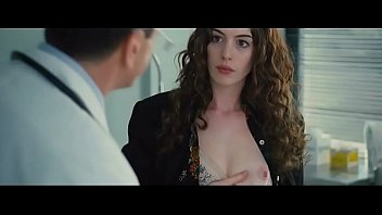Video Ngentot Anne Hathaway in Love and Other Drugs 2010