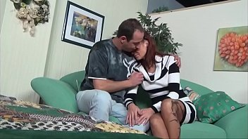 Sinful mom knows how to erected cock